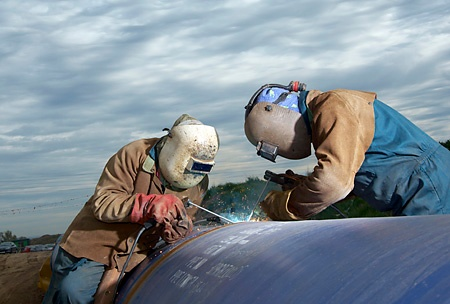 Conventional pipe welding 1.jpg